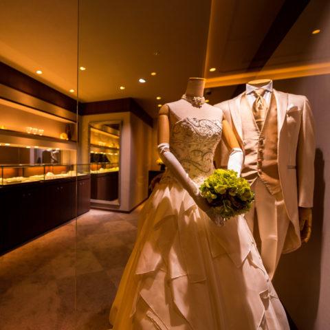 【結婚が決まったら、ゼクシィ📖を買う前にやるべき事はコレだ❣️】